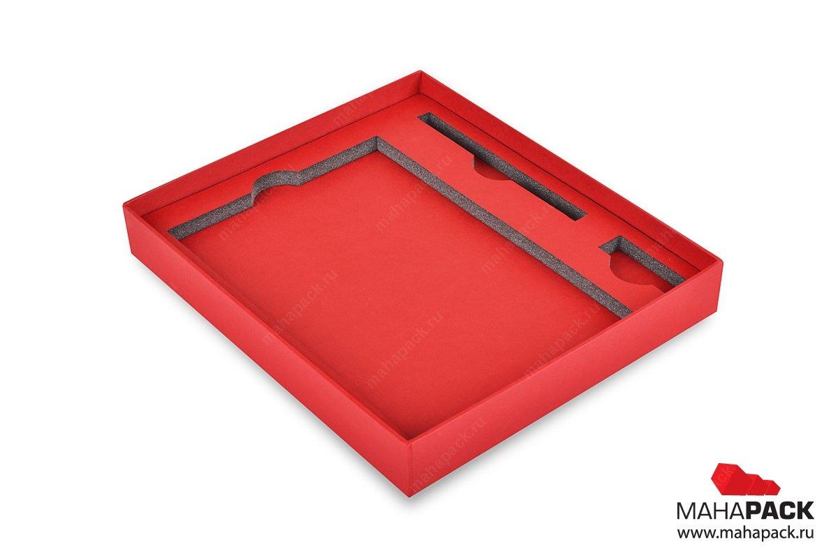 Кашированная коробка-пенал с ложементом для подарочного набора