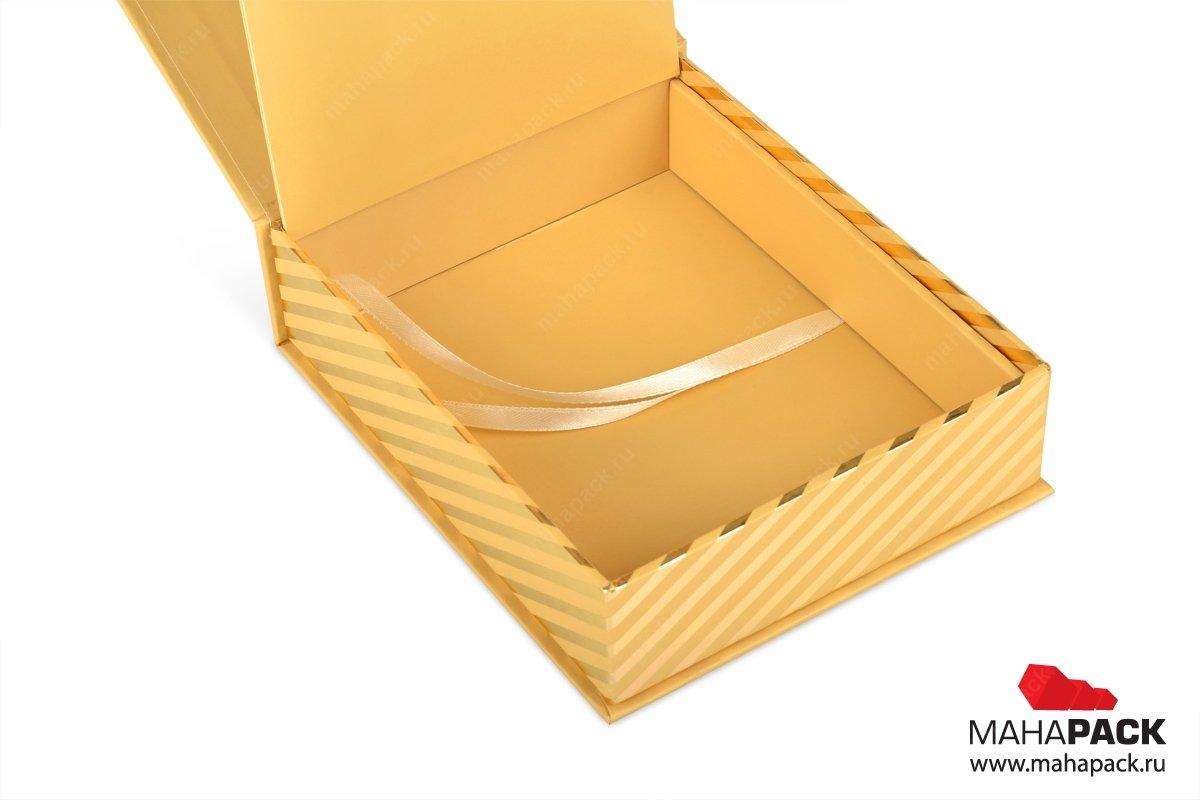 упаковка пластиковых карт - набор подарочных коробочек