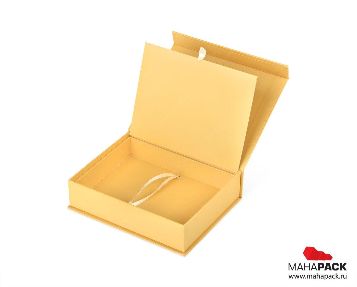 коробки футляры под пластиковые карты