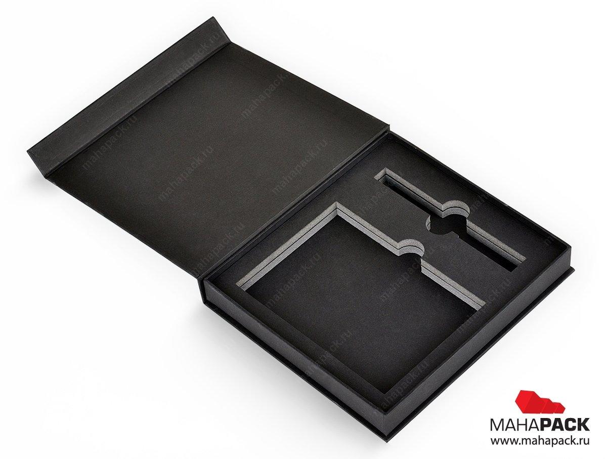 упаковка - коробка на магнитах с изолоновым ложементом