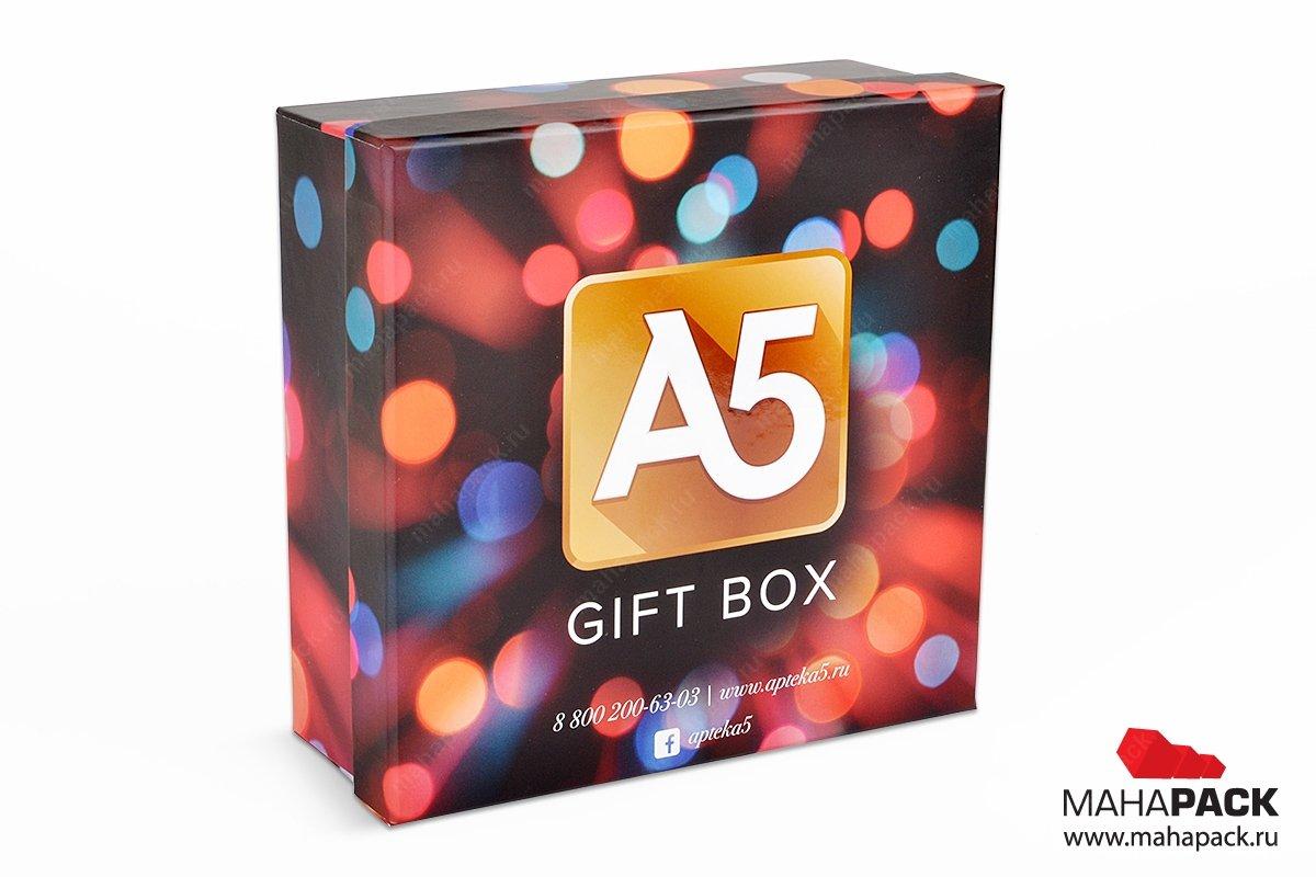 упаковка сувениров в виде квадратной коробки крышка-дно