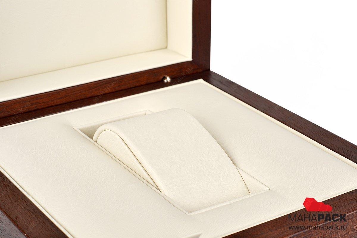 подарочная деревянная упаковка с гравировкой