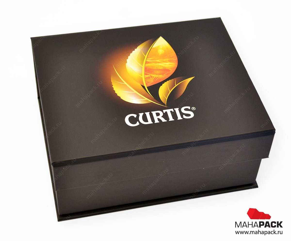 Подарочная коробка с клапаном на магните