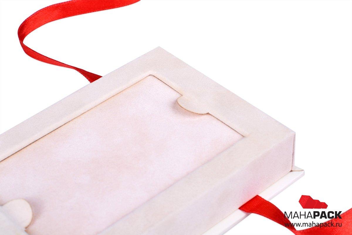 подарочная коробка для  карты