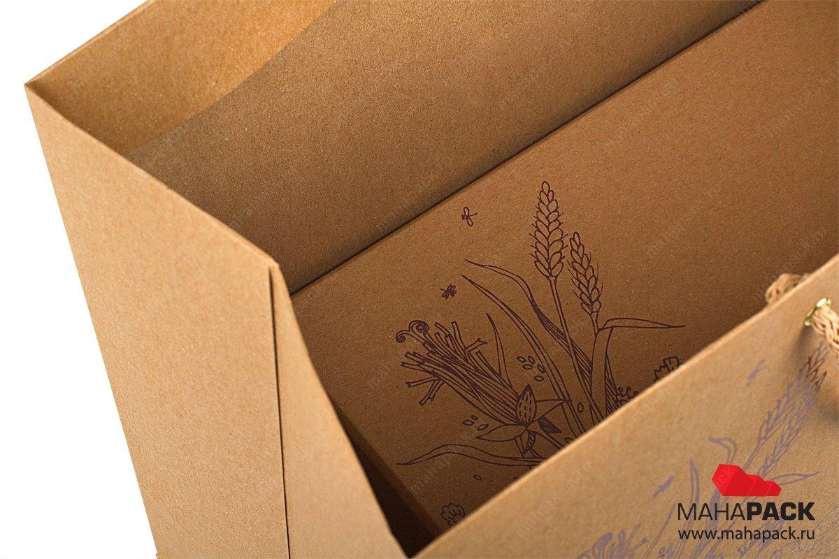 упаковка подарочная в пакете с ручками, внутри коробка крышка-дно
