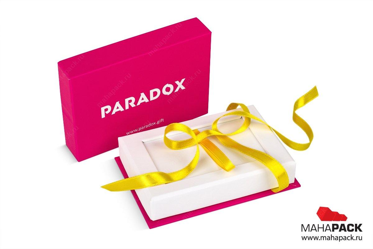 подарочная коробка с лентами большим тиражом для подарочной карты