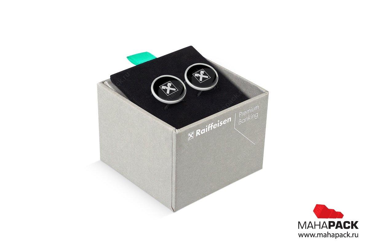 подарочная ювелирная упаковка с бархатным ложементом