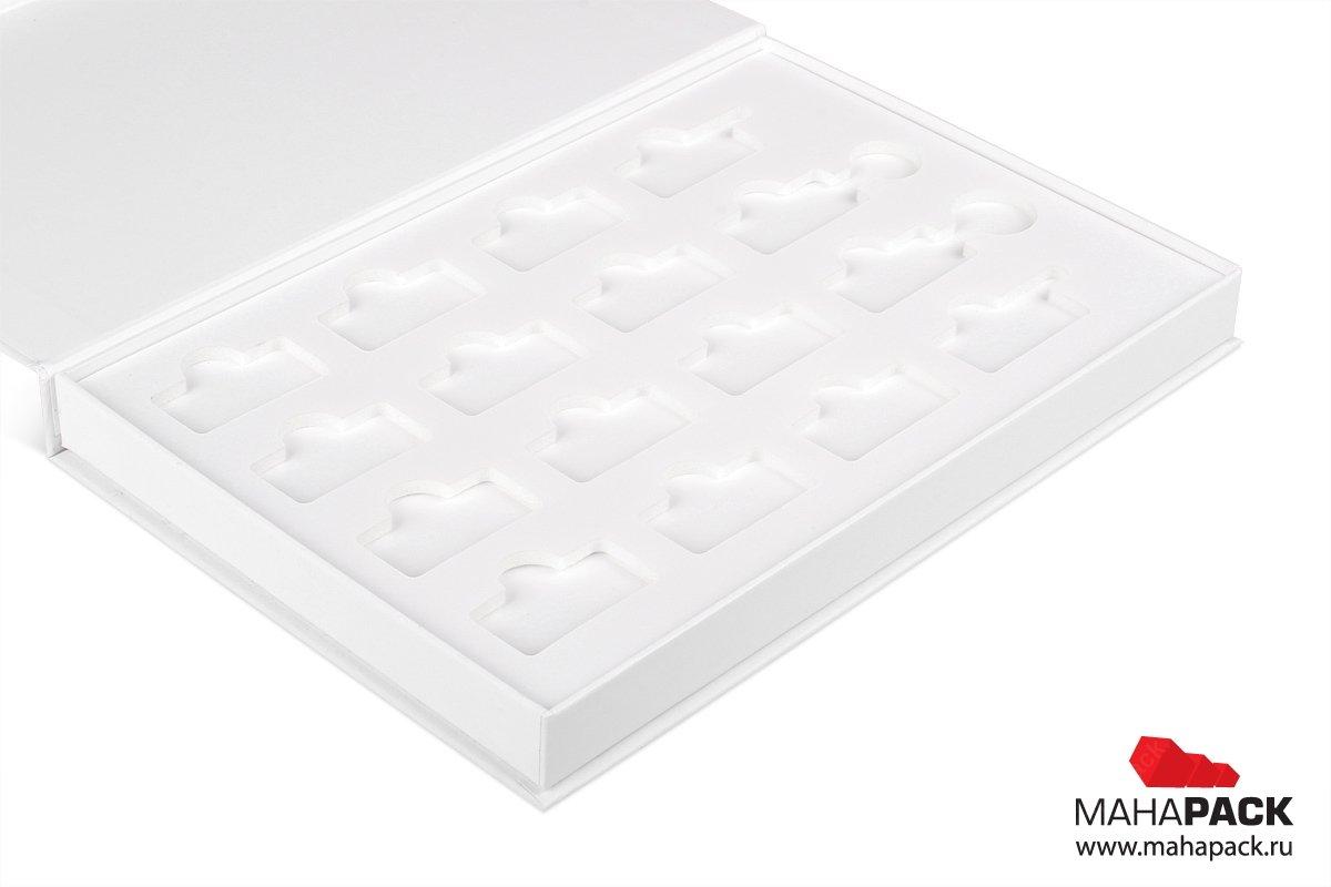 коробка подарочная - упаковка для брелков
