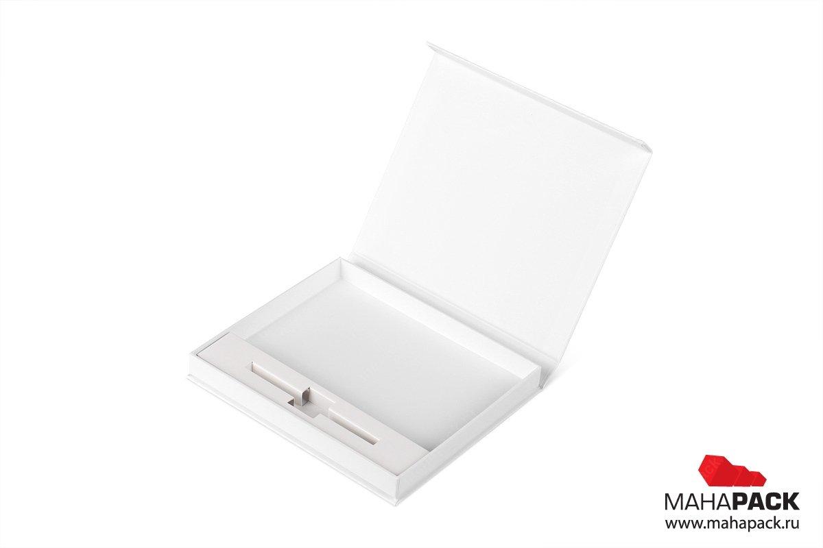 изготовление подарочных коробок на заказ большим тиражом