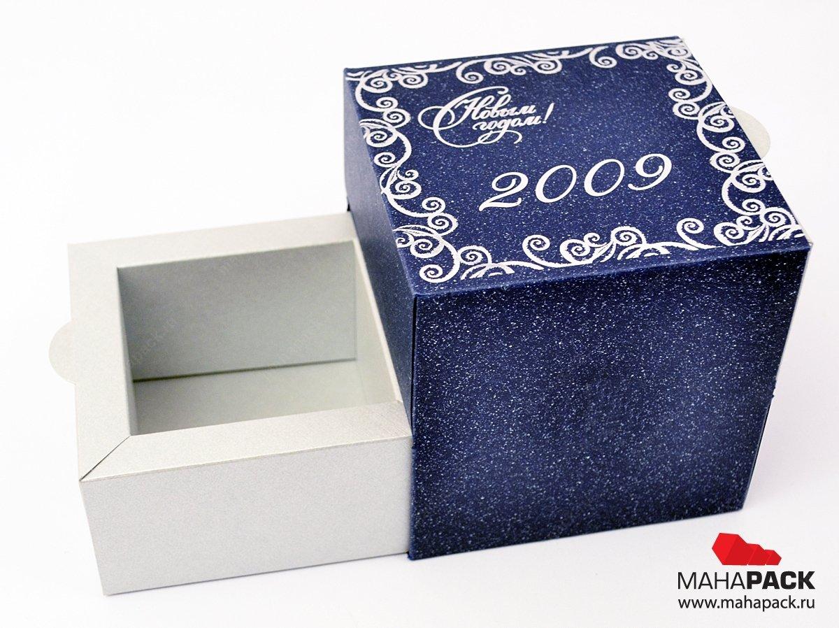 Упаковка с выдвигающимися ящиками