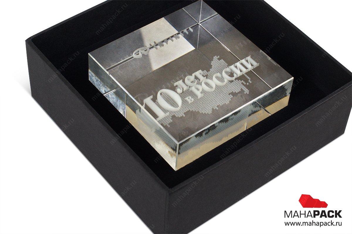 упаковка эксклюзивная для стеклянной статуэтки