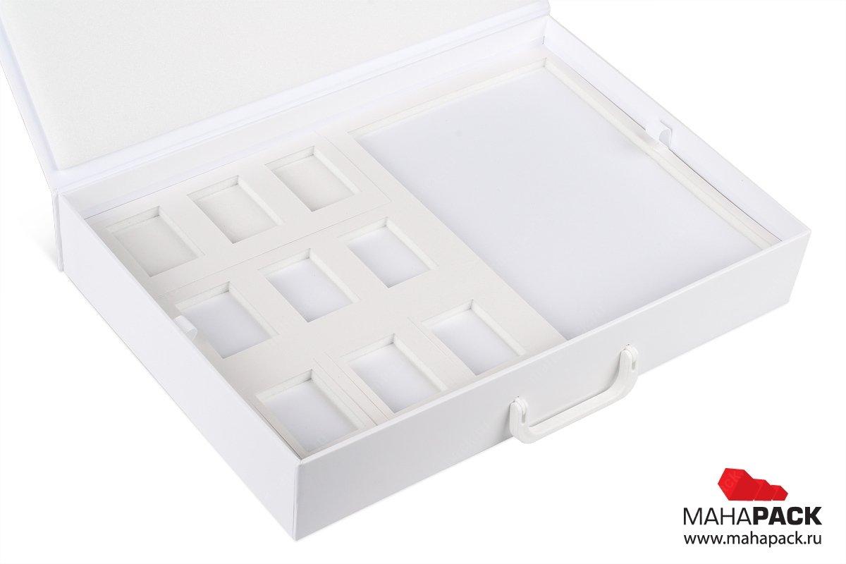 папки и чемоданы для образцов