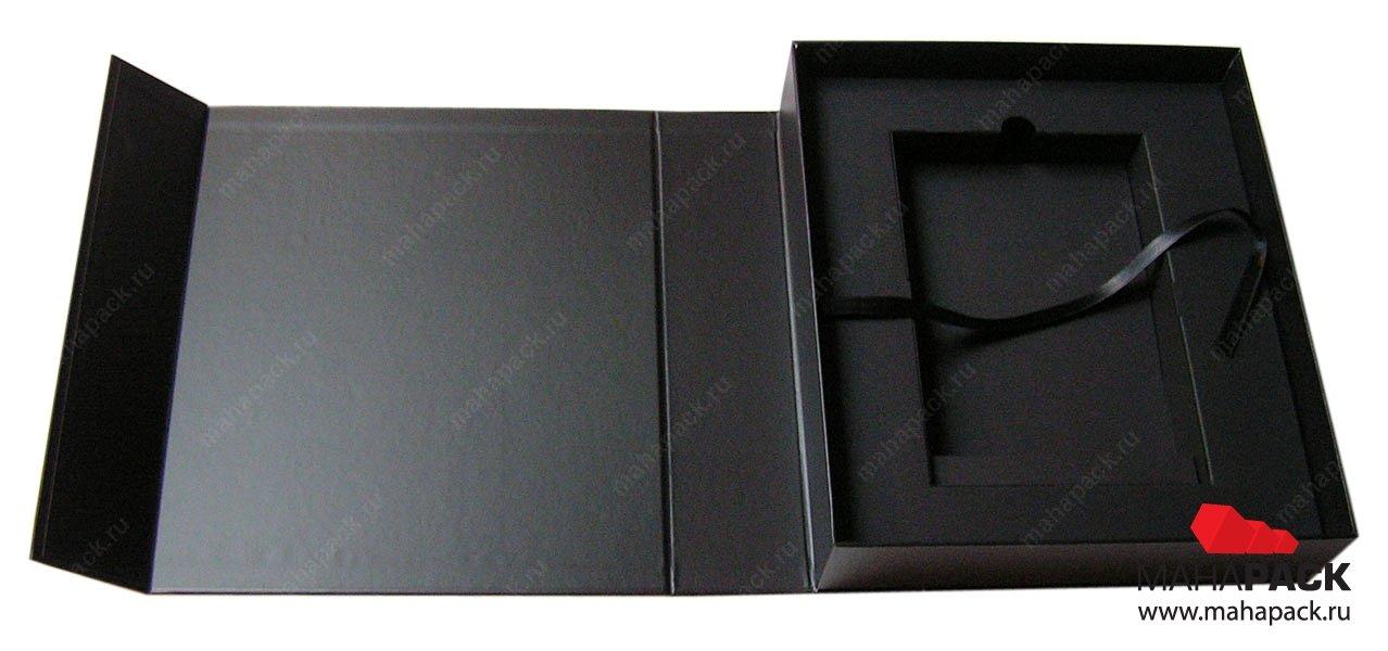 Super Deluxe Box - подарочная упаковка с ложементом