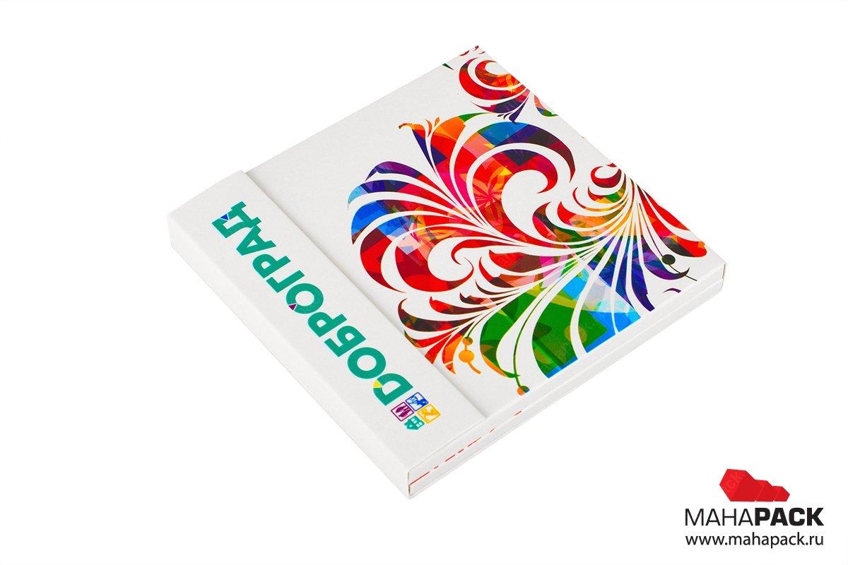 картонная подарочная упаковка для карты пластиковой