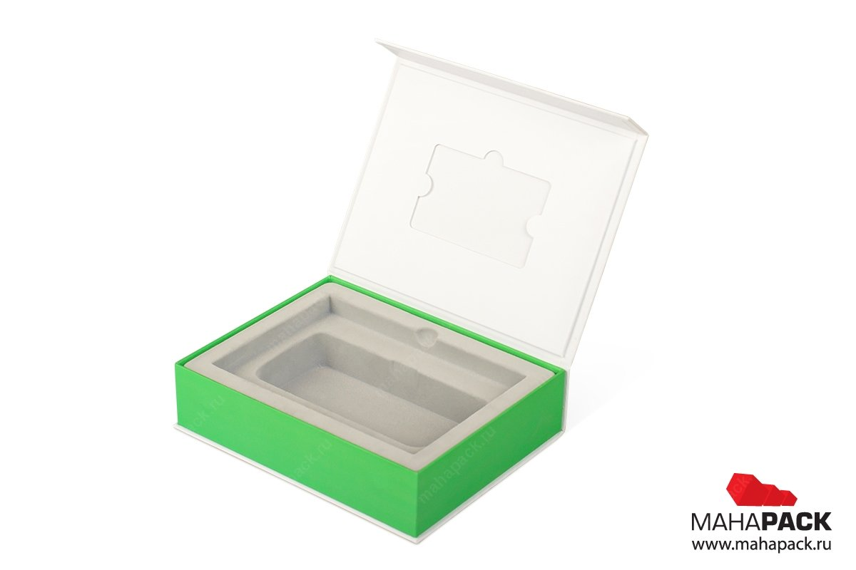 коробка на магните для оборудования и буклета