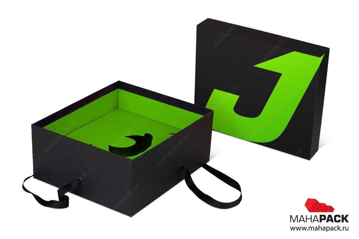 подарочная коробка - упаковка с лентами
