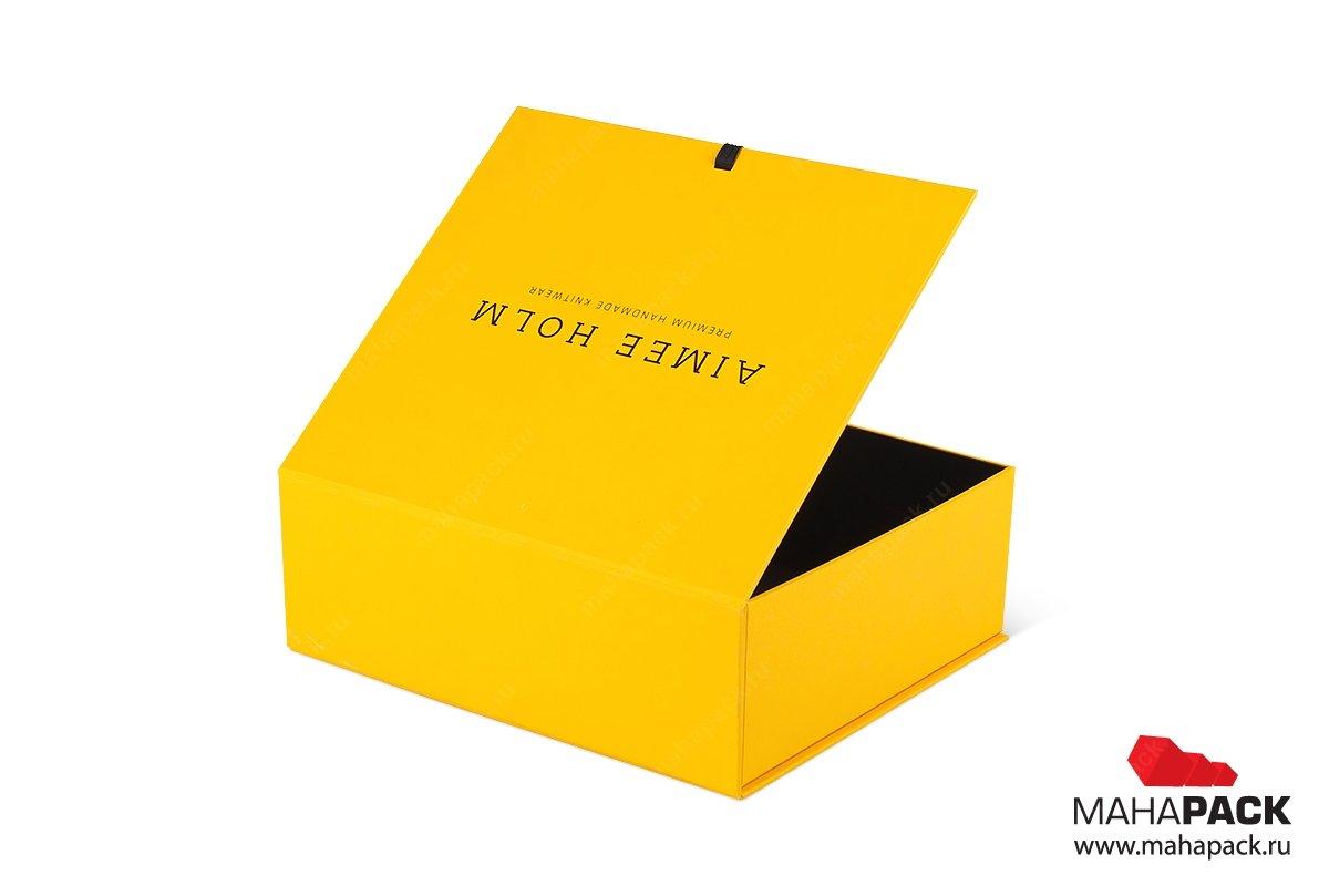 изготовление подарочных коробок на заказ с лентами