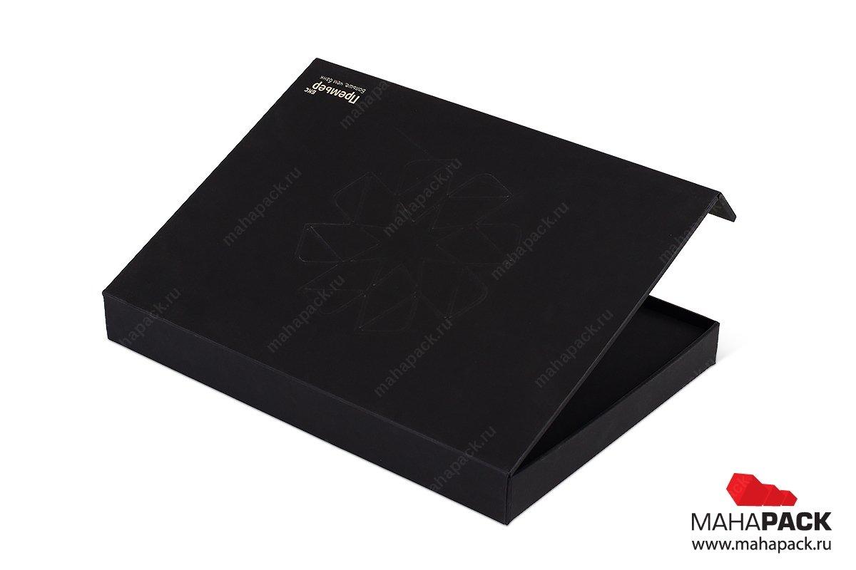 упаковка пластиковых карт с ложементом
