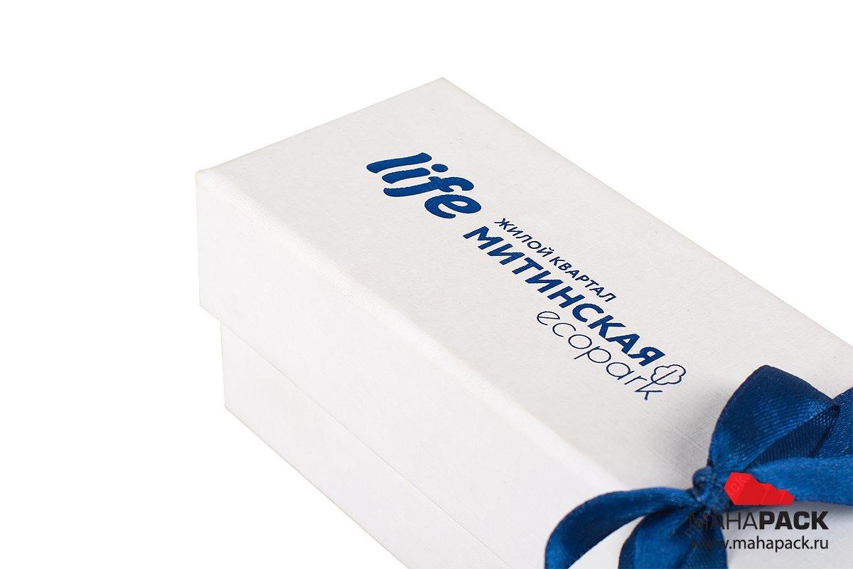 упаковка подарочная для ключа - коробка с лентой