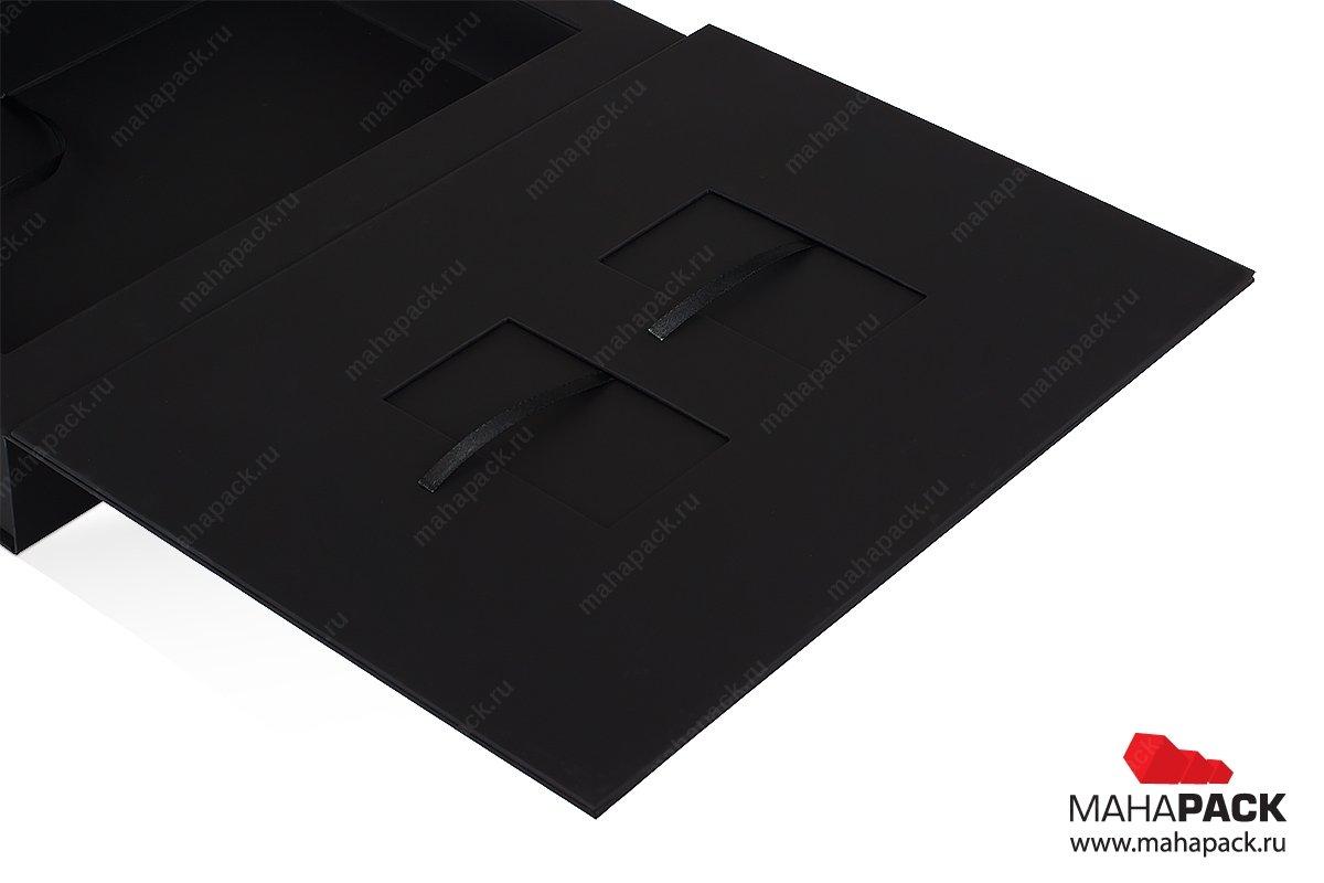 Упаковка с ложементом для карты пластиковой
