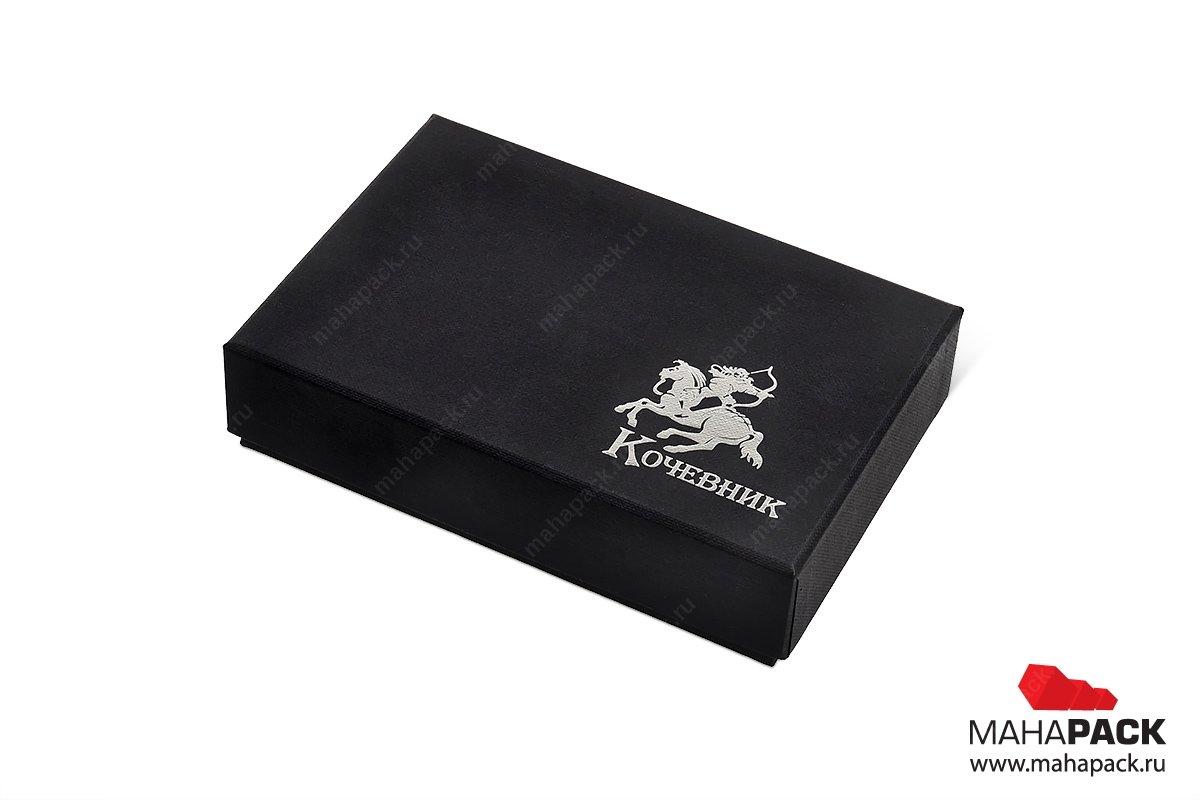 кашированная упаковка, логотип тисненный фольгой