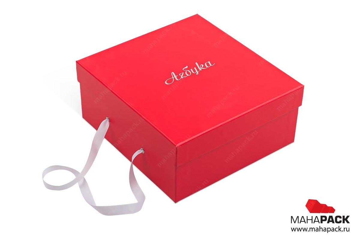 Коробка с ручкой из веревки или ленты