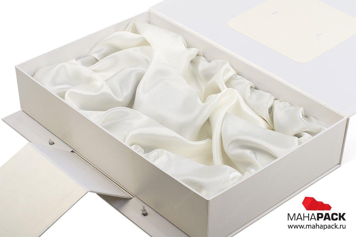 подарочная упаковка с драпировкой тканью