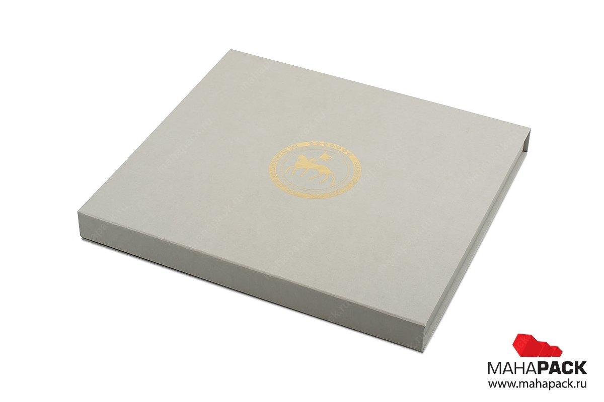 vip упаковка с золотым тиснением