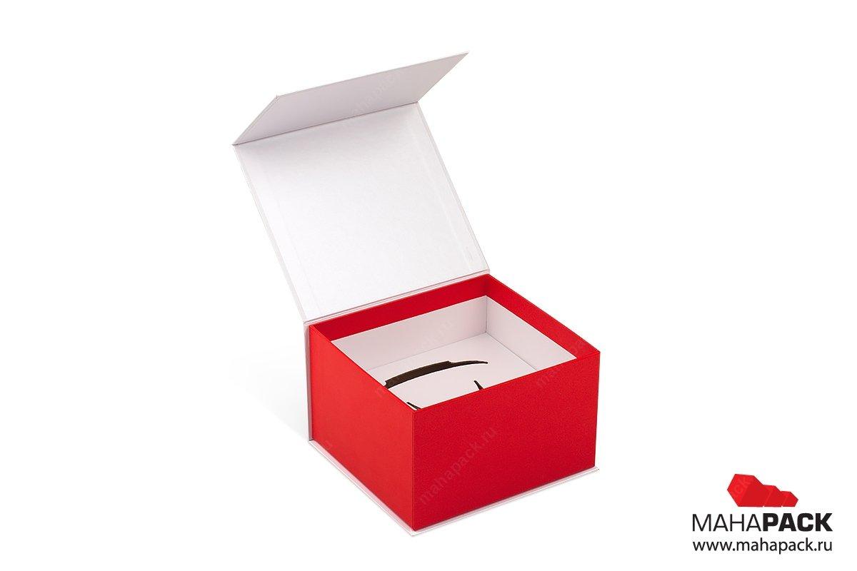подарочные коробки с клапаном на магните