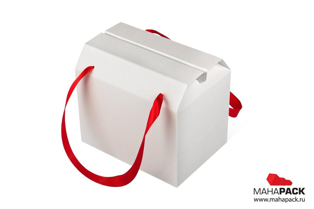 коробка подарочная для конфет с лентами