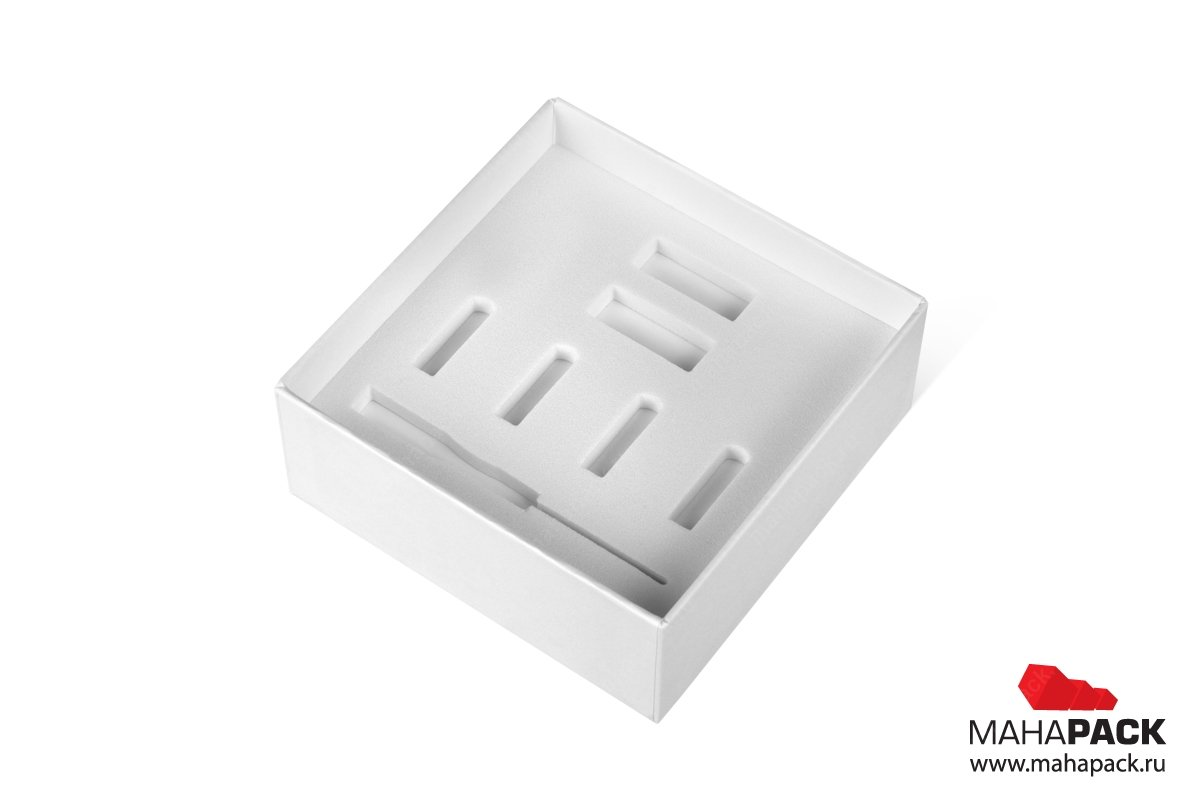 изготовление подарочных коробок на заказ с ложементом из ЭВА