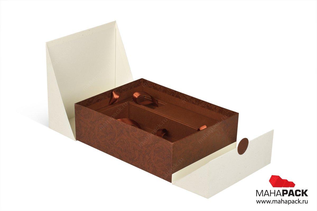 коробки для подарков с ложементом