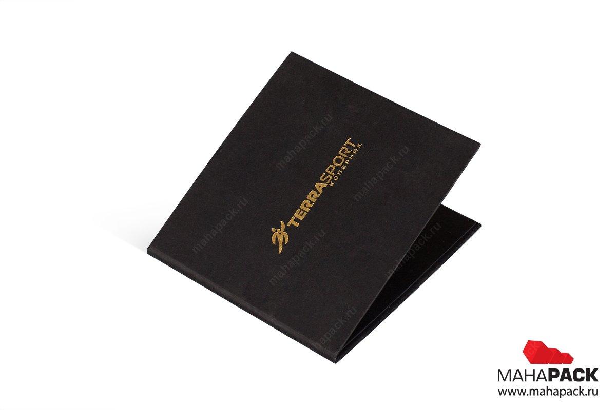 упаковка для подарочных карт с тиснением