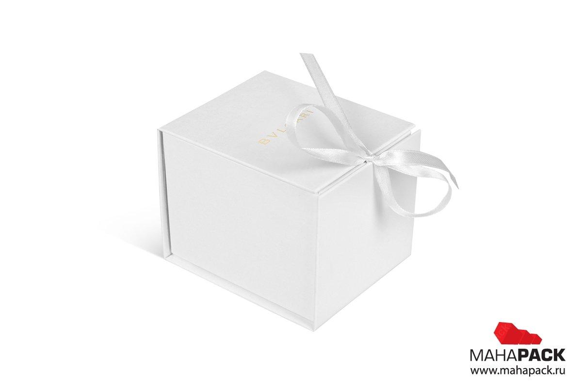 подарочная ювелирная упаковка с лентами
