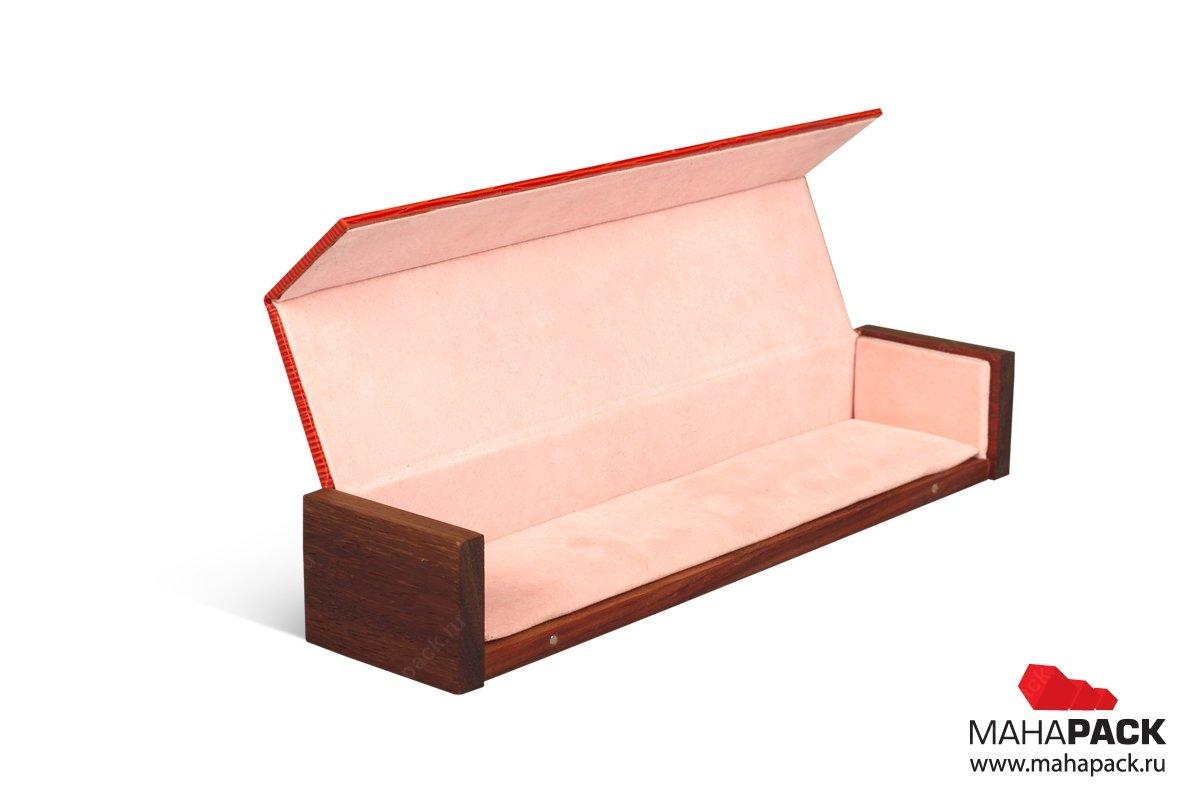 подарочная деревянная упаковка с драпировкой