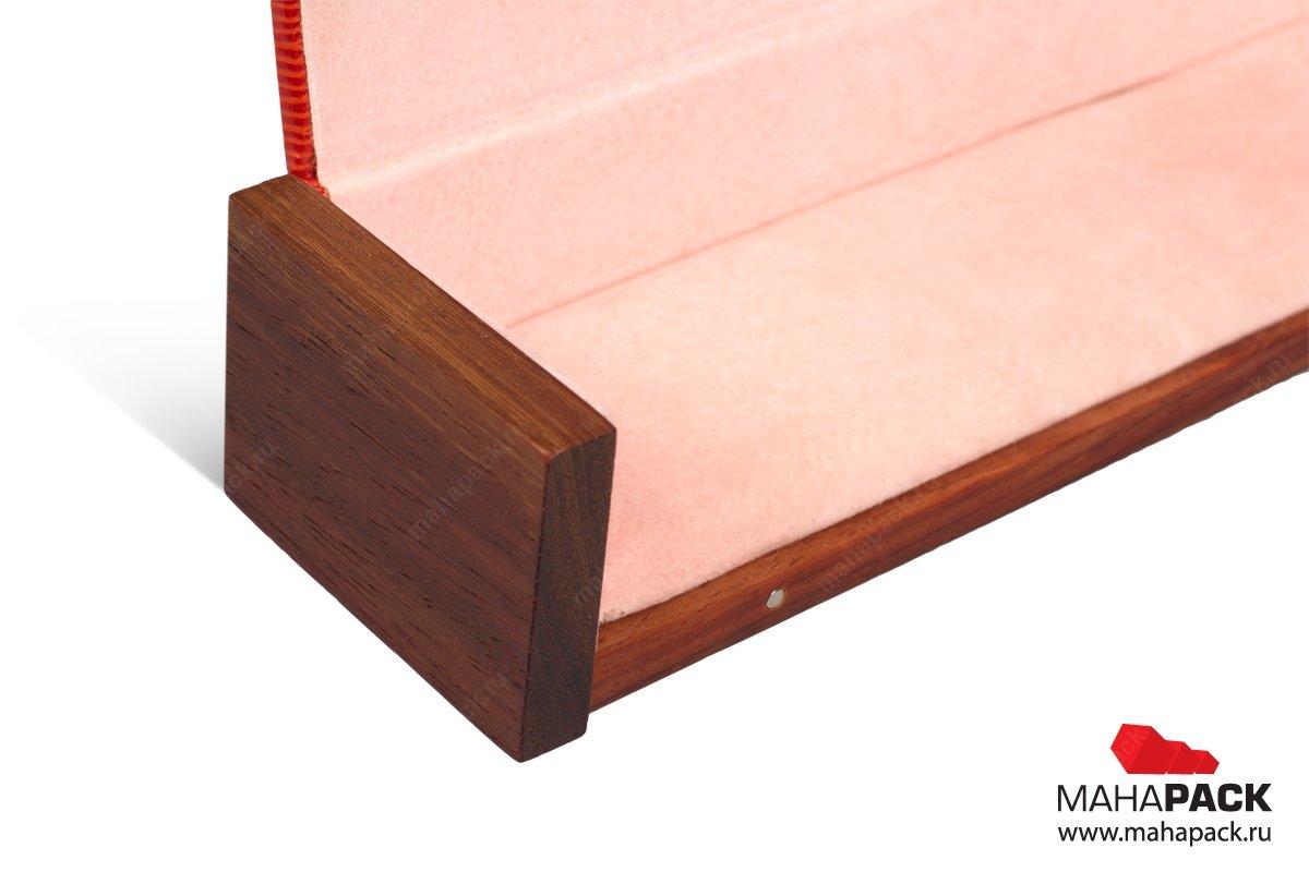 подарочная деревянная упаковка для бизнес сувенира
