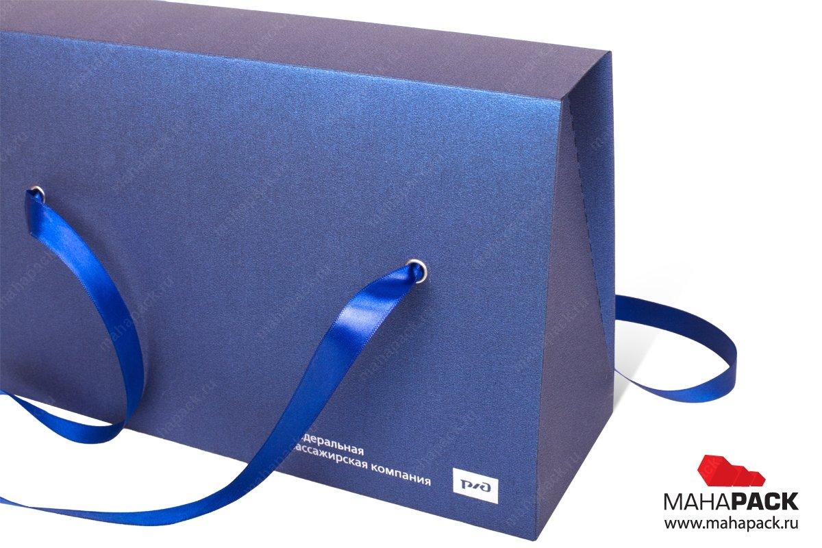 коробки подарочные в виде пакета